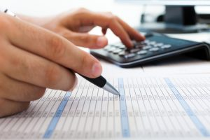 Accountant Balance sheet expert comptable toulon